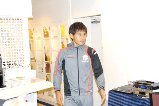 奈良輪雄太選手(24番)